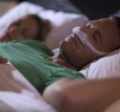DreamWear Nasal Mask Man Sleeping
