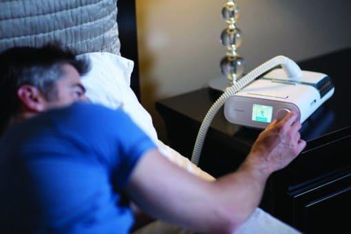 เครื่อง CPAP Philips รุ่น DreamStation พร้อมเครื่องทำความชื้น