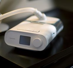 Philips DreamStation Auto BiPAP device