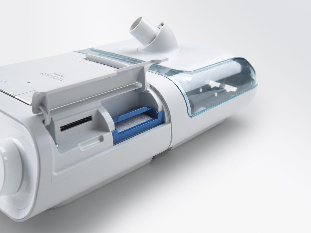 DreamStation Auto CPAP มีระบบบันทึกข้อมูลลง SD Card